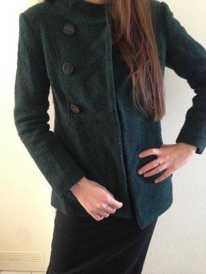 Grüner Kurzmantel von Zara