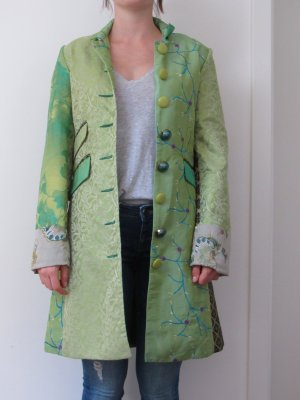 Grüner Mantel von Desigual
