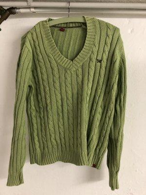 Grüner Pullover