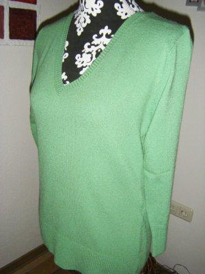 Grüner Pullover Gr. L