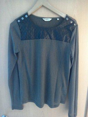 Grüner Pullover in Größe M