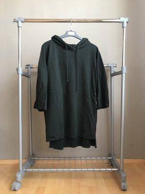 Grüner Pullover von Zara