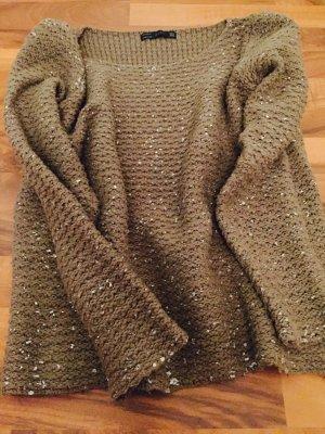 Grüner Pullover von Zara mit silbernen Sprenkeln