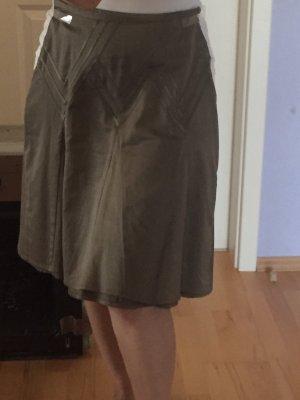Godetrok khaki-olijfgroen