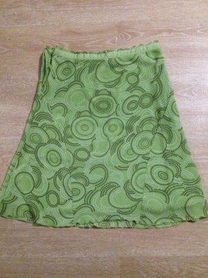 grüner Rock mit Muster