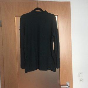 Grüner Rollkragren-Pullover von Zara