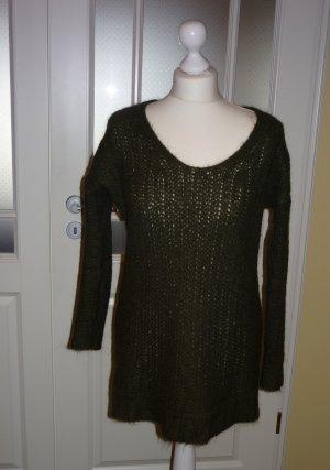 grüner V-Ausschnitt Pullover