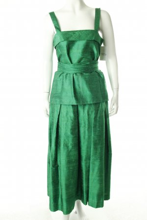 Green Two Piece consisting of top and skirt, shell loose and easy oversized cut with belt