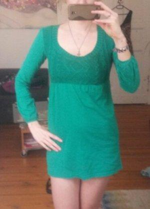Grünes Babydoll Oberteil/Kleid mit Strickoptik