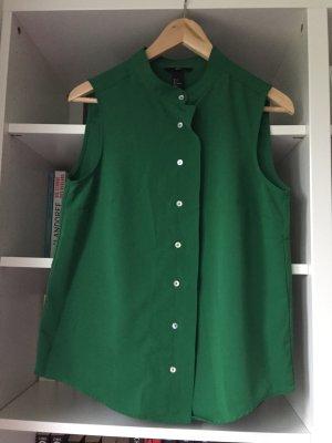 Grünes Blusen Top. Tolles grün mit Knopfleiste