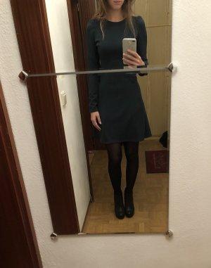 Grünes Kleid von Zara XS