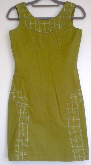 Grünes modisches Sommerkleid Gr. S