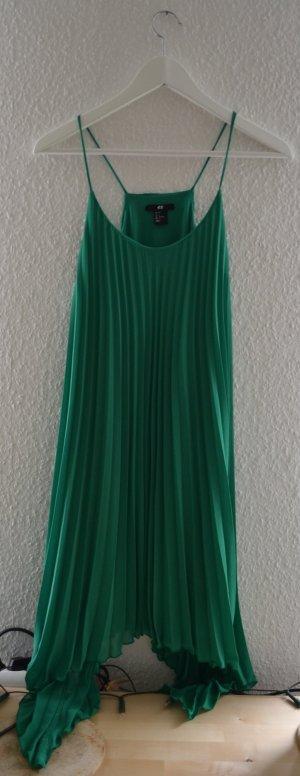 Grünes Plissee Kleid
