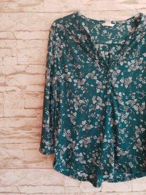 Grünes Shirt Langarm Basic