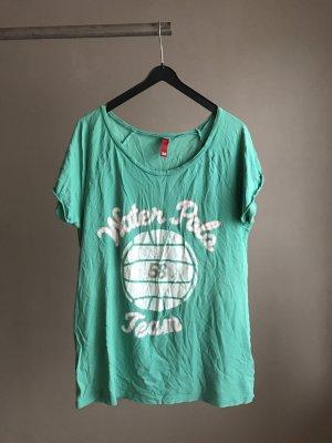 Grünes Shirt mit Print