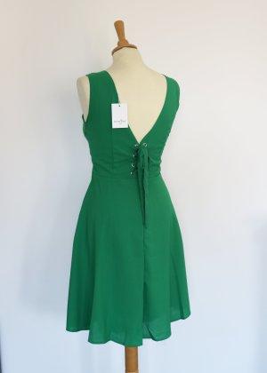grünes Skaterkleid mit geschnürtem Rücken S Neu Cerise Blue Paris