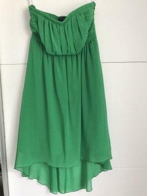 Grünes sommerliches/festliches Kleid
