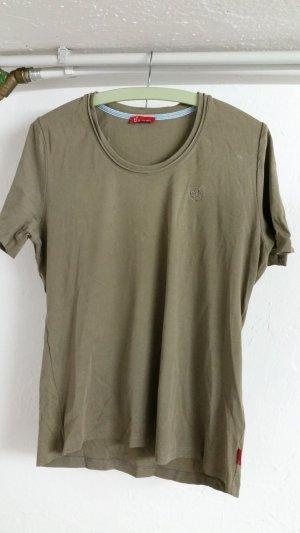 Grünes T-shirt