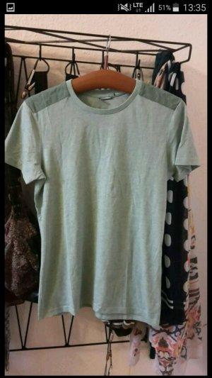 grünes Tshirt fishbone