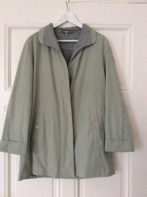 Grüngrauer Vintage Mantel