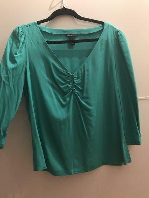 Grünliche Bluse von Mango