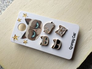 Grumpy Cat 4er Set Anstecker