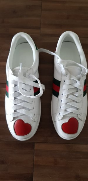 Gucci Zapatilla brogue blanco