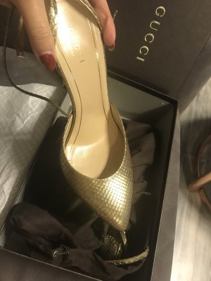 Gucci Pointed Toe Pumps gold-colored leather