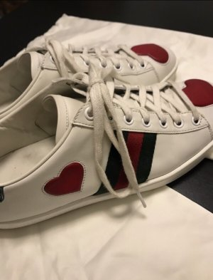 Gucci Lace-Up Sneaker white-red