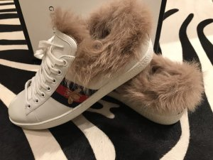 Gucci Ace Sneakers mit Fell