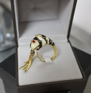GUCCI ANIMAL TIGER RING