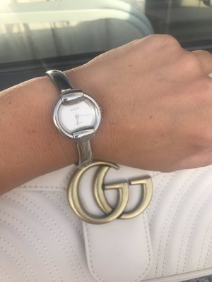 Gucci Reloj con pulsera metálica color plata acero inoxidable