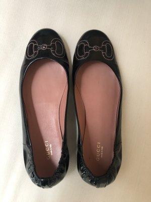 Gucci Lakleren ballerina's zwart-roze