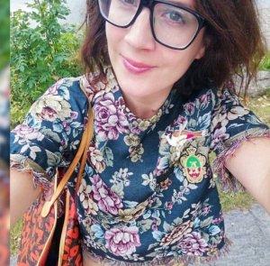 Gucci Glasses black-dark brown