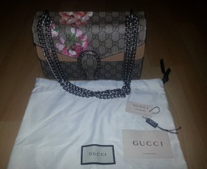 Gucci-Dionysus-GG-Supreme-Medium-Shoulder-Bag-Handbag