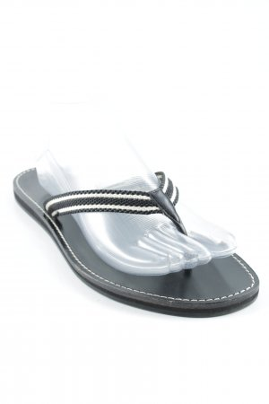 Gucci Flip-Flop Sandals white-black striped pattern casual look