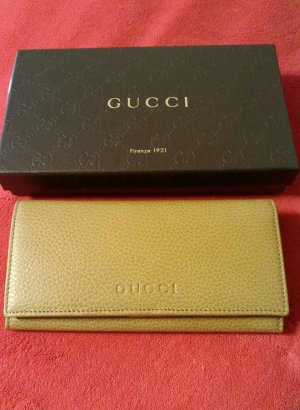 Gucci Accessory camel leather