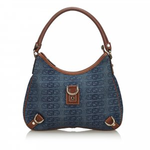 Gucci GG Canvas Abbey Shoulder Bag