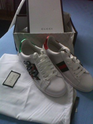 Gucci gr 39,5 Top!!!