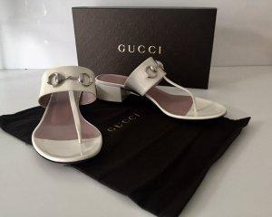 Gucci Horsebit-Sandalen aus Lackleder