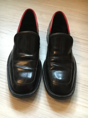 Gucci Loafer Halbschuhe Gr 39 mit roter Applikation