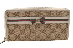 Gucci long wallet