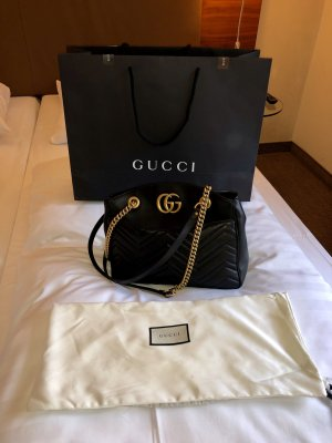 Gucci Marmont matelassé schwarz, neu