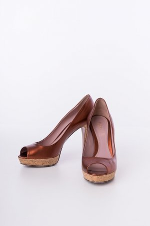 GUCCI - Peeptoes Lisbeth Cork Metallic