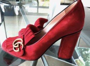 Gucci Chaussure à talons carrés rouge daim