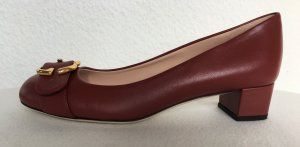 Gucci Backless Pumps dark red
