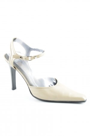 Gucci Strapped pumps cream elegant