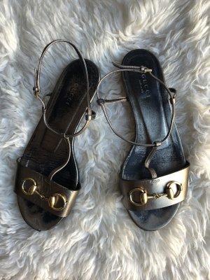 ec72b90e72c Gucci Schuhe günstig kaufen | Second Hand | Mädchenflohmarkt