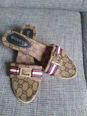 GUCCI Sandale / Pantolette 40/41