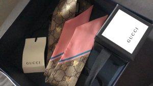 Gucci Bufanda de seda color rosa dorado-beige